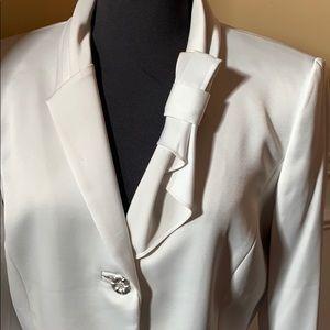 Tahari Luxe formal suit/dress gorgeous satin